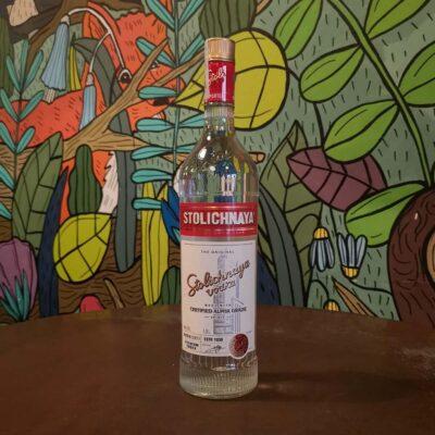 vodka Stolichnaya radici pavia